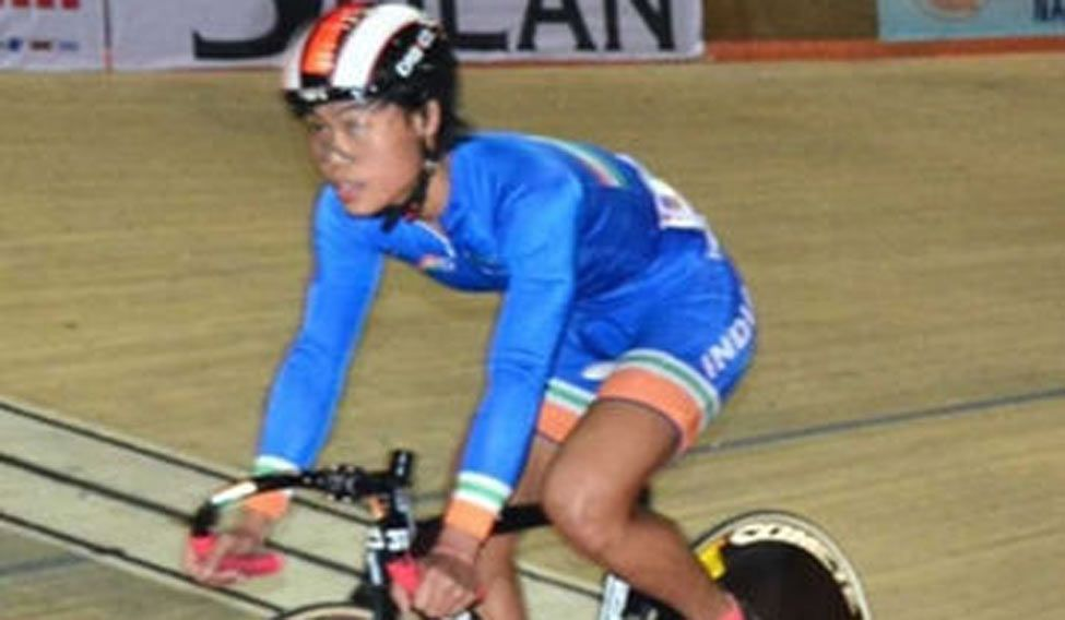 Indian cyclist Deborah rises to world number 4