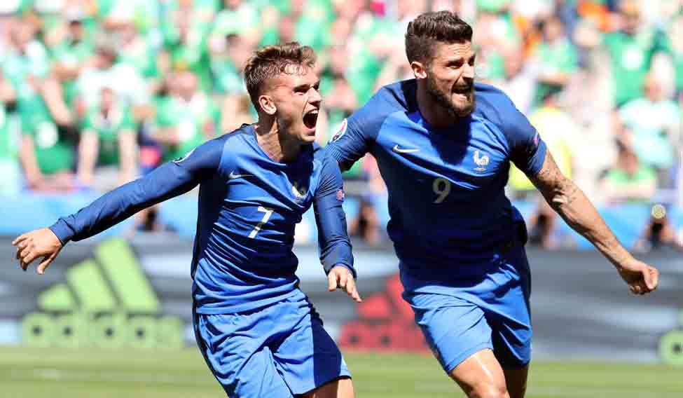 TOPSHOT-FBL-EURO-2016-MATCH40-FRA-IRL