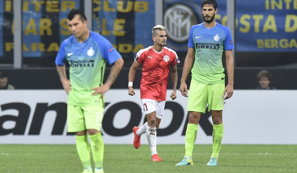 Inter stunned by Beer-Sheva, United beaten by Feyenoord