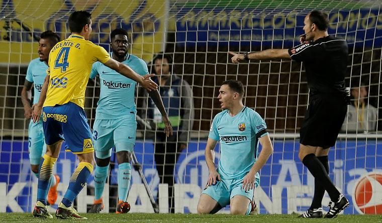 Ernesto Valverde SLAMS 'invisible' decision in Las Palmas draw