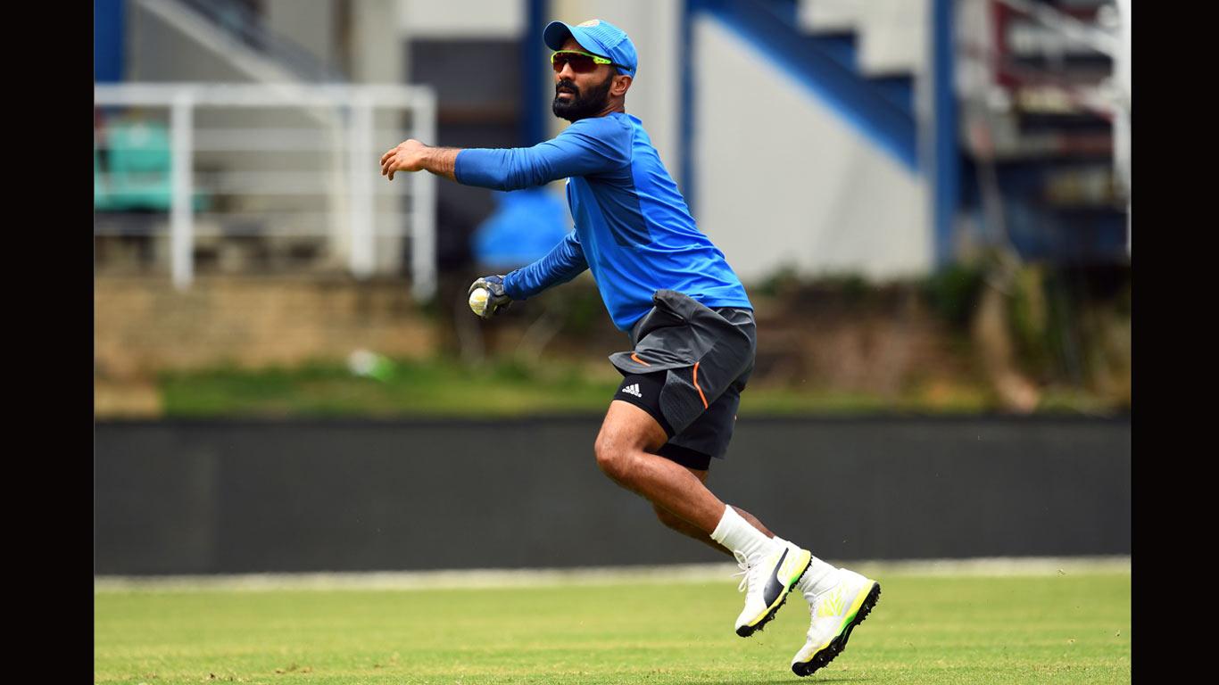 Karthik called up to replace Saha