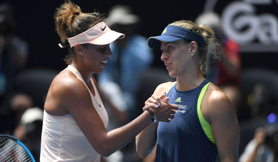 Australian Open: 2016 champ Angelique Kerber advances to semis