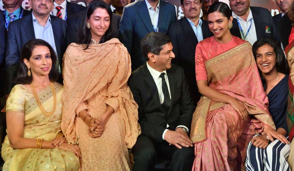 Deepika Padukone's father Prakash Padukone honoured with lifetime achievement award