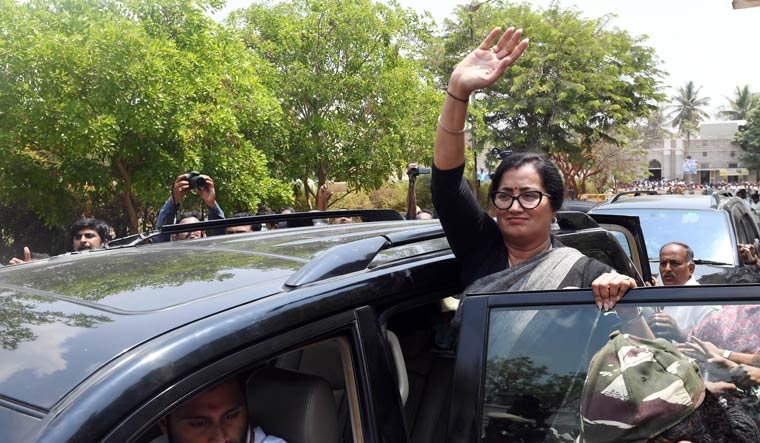 Sumalatha got the tacit support from the BJP which refrained from fielding a candidate in the constituency | Bhanu Prakash Chandra