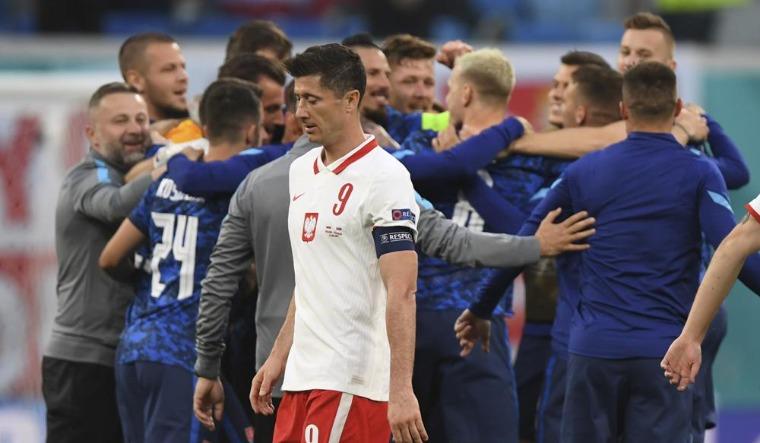 Slovakia stifle Lewandoswki to beat Poland at Euro 2020