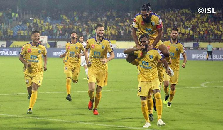ISL 2018: Delhi Dynamos deny Kerala Blasters victory at home