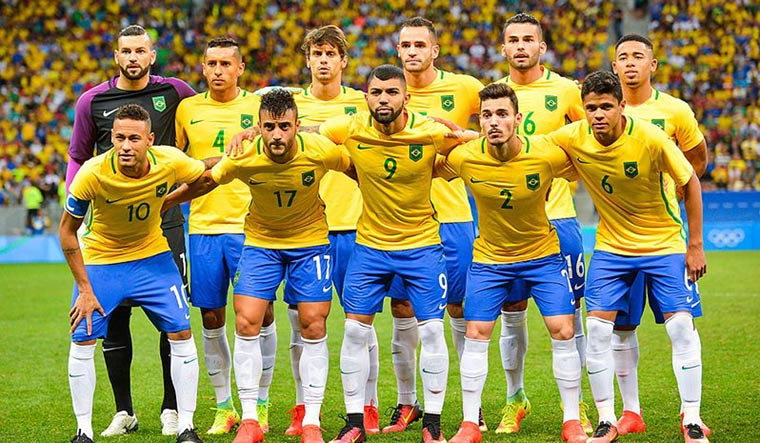 Brazil coach reveals likely World Cup squad