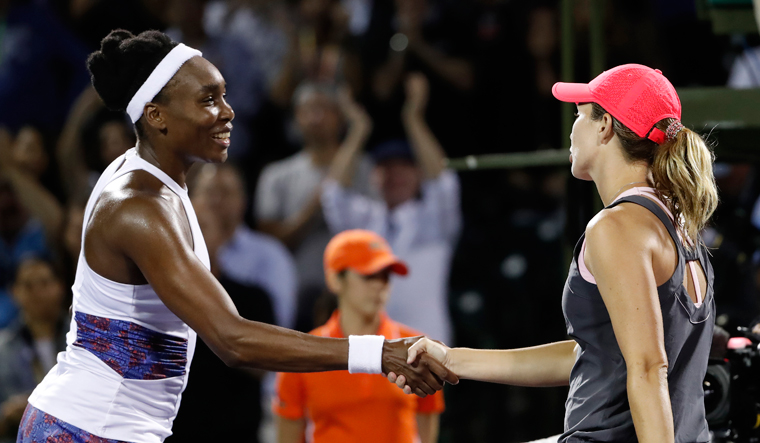 American Stephens beats Ostapenko for Miami Open title