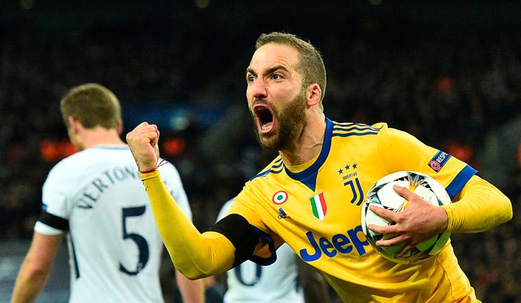 premium selection 5b03a 1adf1 Higuain, Dybala stun Spurs to send wily Juventus through ...