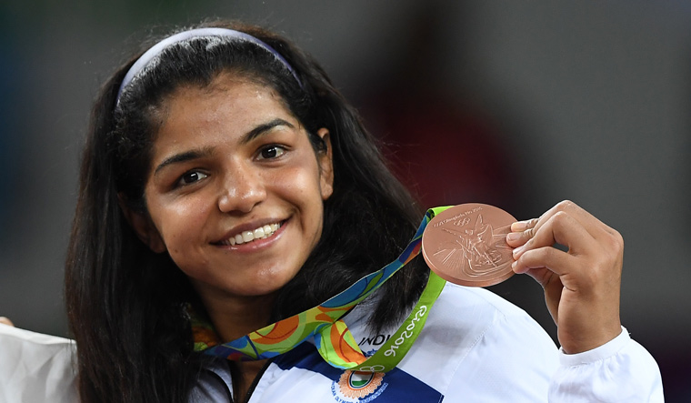 Sakshi Malik issued show-cause notice by WFI for indiscipline