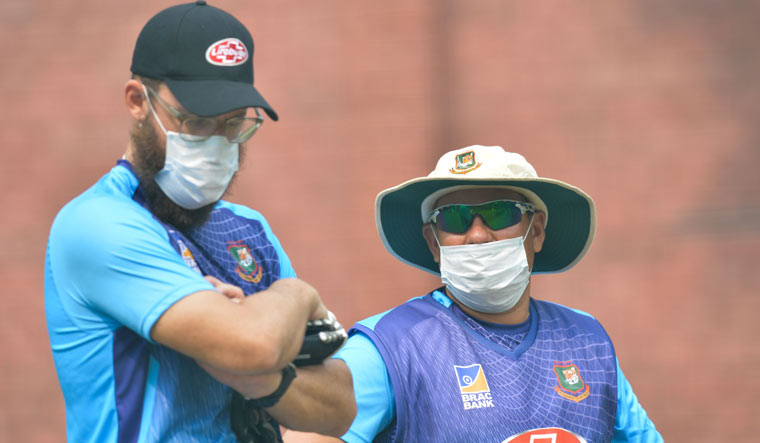 'Not ideal but no one will die': Bangladesh coach on Delhi pollution
