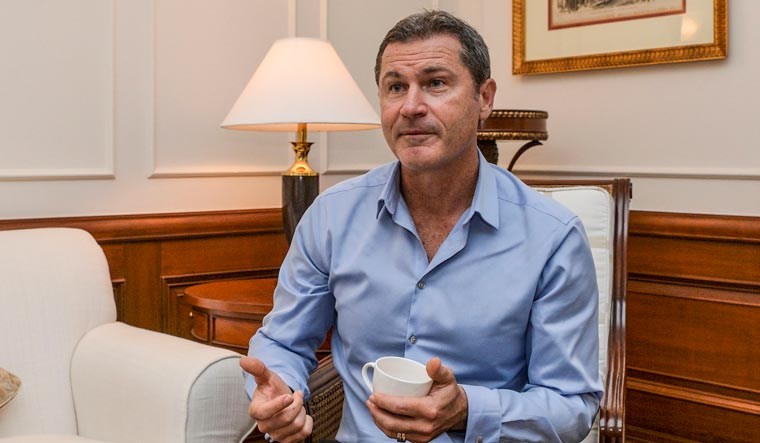 Umpires, too, are human: Simon Taufel