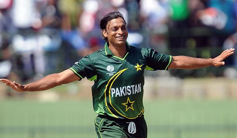 Back to cricket? Shoaib Akhtar announces comeback with #ShoaibIsBack