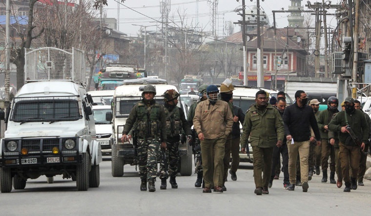 Separatist-sponsored strike disrupts normal life in Kashmir