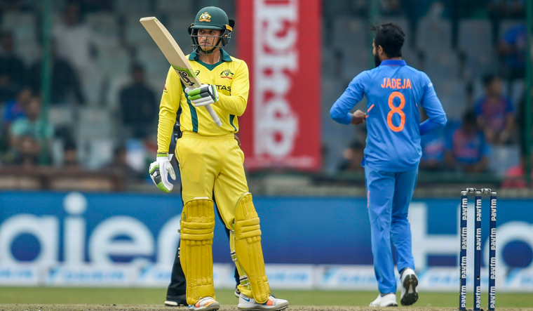 Khawaja hits ton before India restricts Australia to 272/9