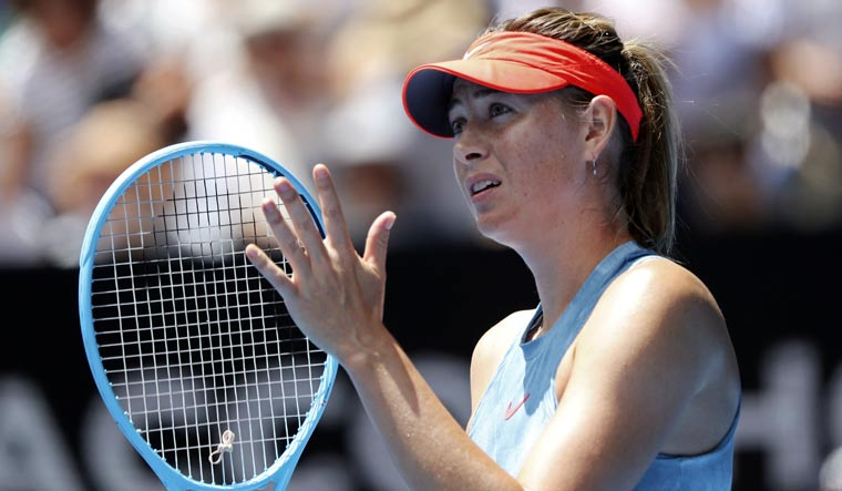 Sharapova withdraws from French Open due to shoulder problem