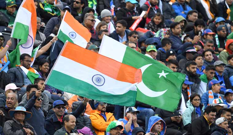 india-pakistan-flag-afp