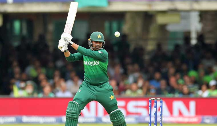 Comeback man Sohail lifts Pakistan to 308/7 against South Africa
