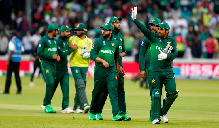 Pakistan knock out South Africa with 49-run win, stay alive in World Cup