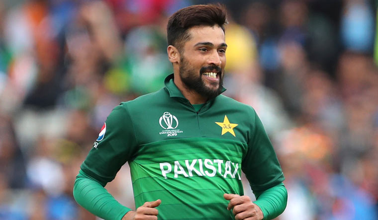 Mohammad Amir quits Test cricket, will continue limited-overs career