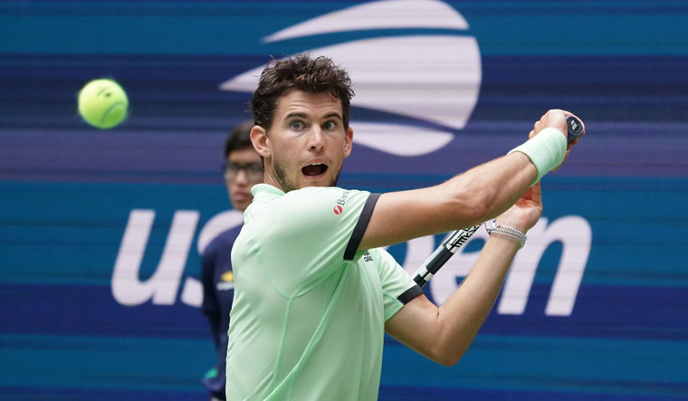 Us Open Thiem Goes Down To Unseeded Fabbiano Tsitsipas Crashes Out The Week