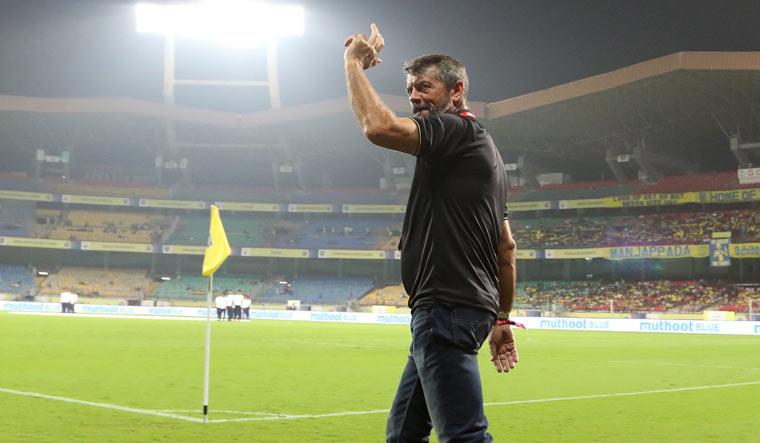 Phil-Brown-Hyderabad-FC-Twitter