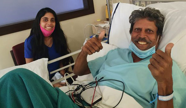 Kapil Dev flashes double thumbs up sign after angioplasty