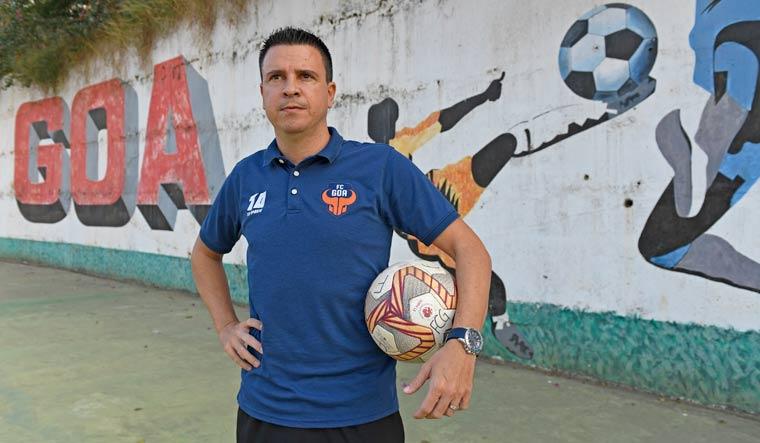 FC-Goa-Coach-Sergio-Lobera-amey