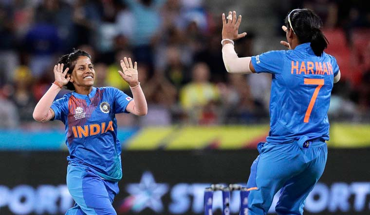Self-belief kept Poonam confident of playing in T20 WC after finger injury