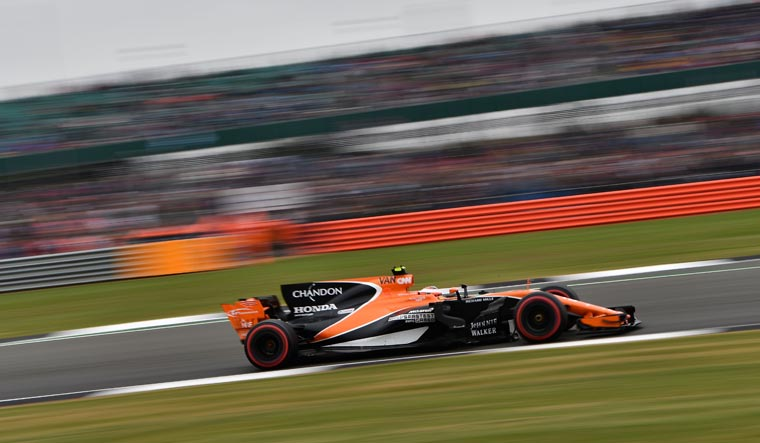 McLaren to lay off 1200 employees amid pandemic crisis