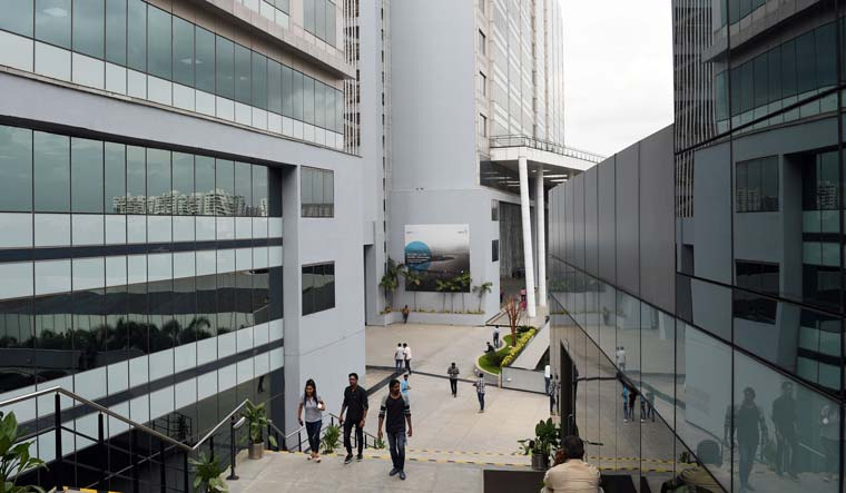 Wipro-IT-Park-building-office-employees-workers-industry-2-Bhanu