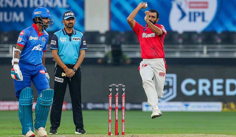 Mohammad-Shami-bowls-IPL-2020
