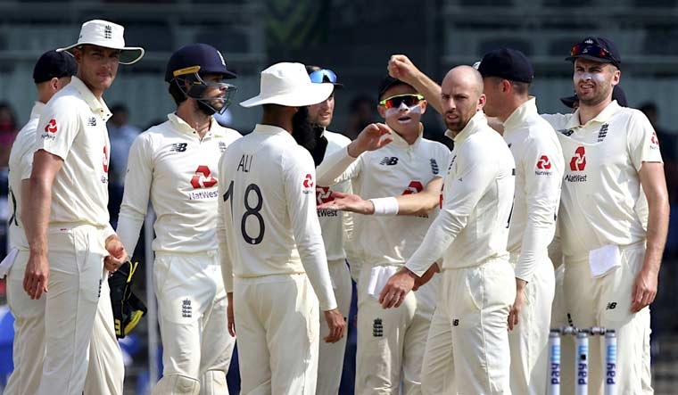 England seek umpiring consistency in third Test with match referee