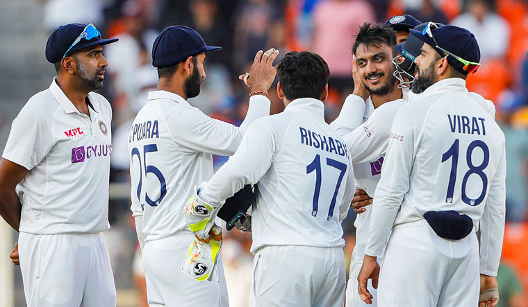 India win third Test against England by 10 wickets