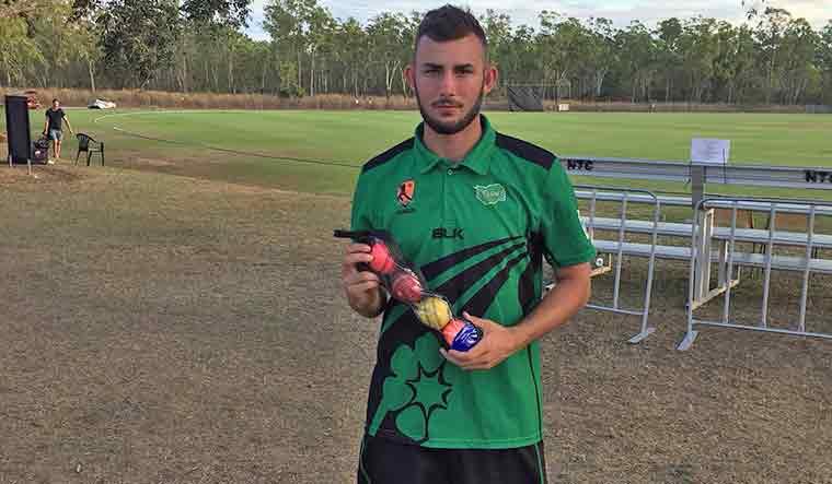 aaron-summers-cricketer