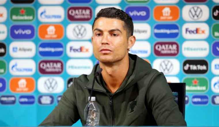 Ronaldo removes Coca Cola bottles at Euro 2020 presser