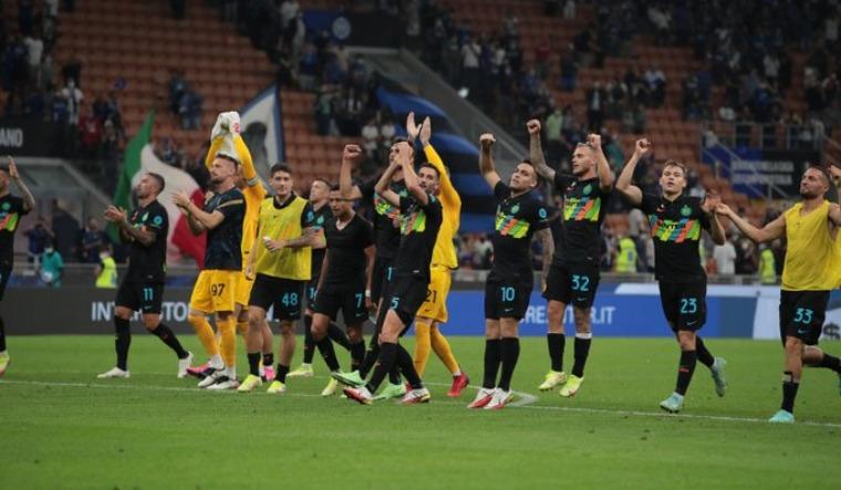 Inter Milan rout Bologna 6-1