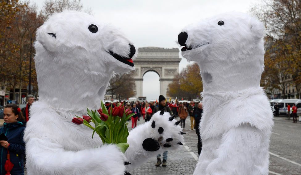 TOPSHOT-FRANCE-CLIMATE-WARMING-COP21-DEMO