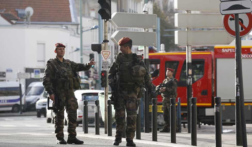 Paris-Attack-Soldiers