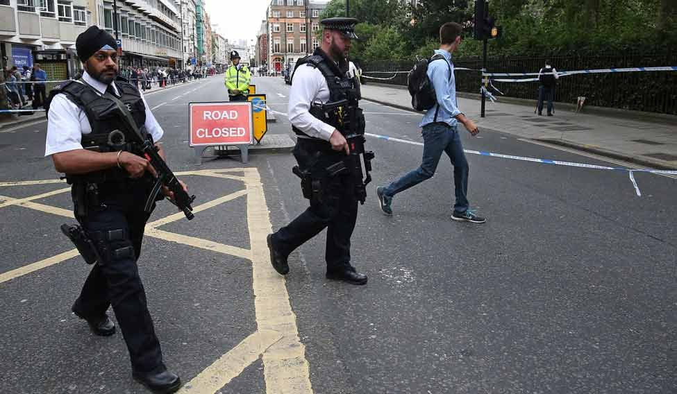 london-knife-attack-cops