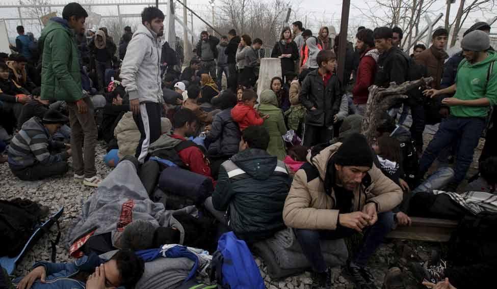 Refugees-Idomeni-Greek