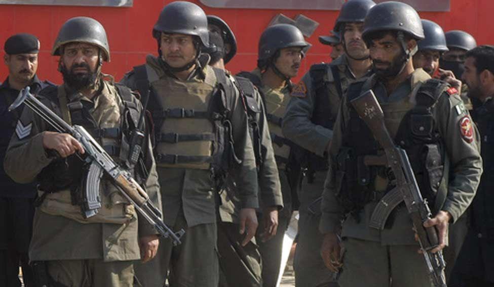 Peshawar-gunmen