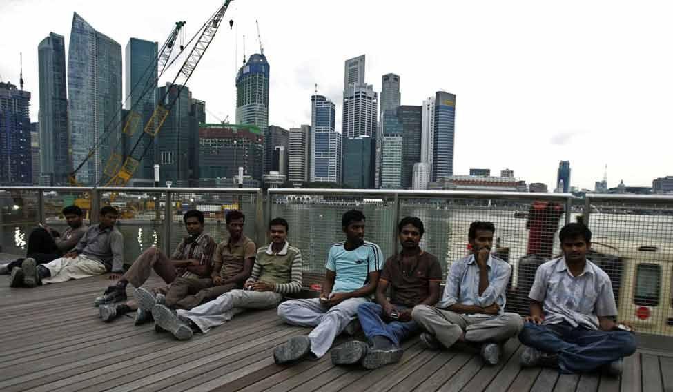 singapore-migrants
