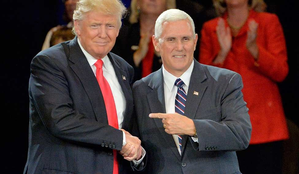 US-DONALD-TRUMP-BEGINS-POST-CONVENTION-CAMPAIGN-SWING-IN-ROANOKE