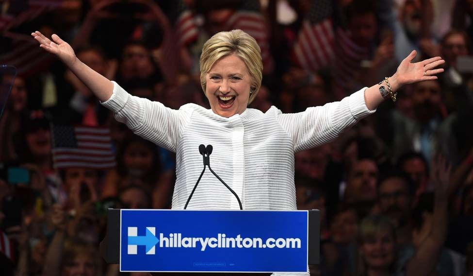 TOPSHOT-US-VOTE-DEMOCRATS-HILLARY