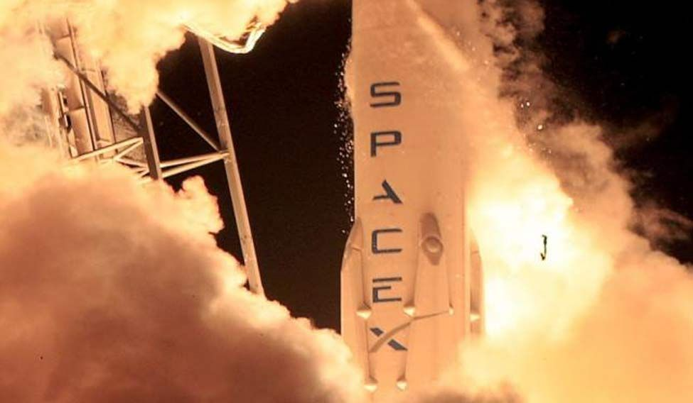 SpaceX rocket destroyed in failed ocean landing attempt