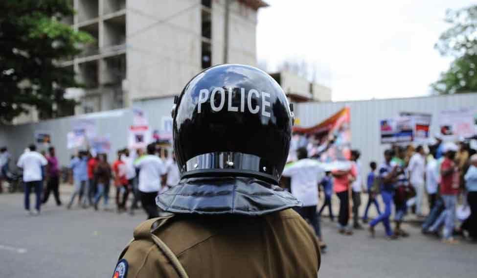 srilanka-cop