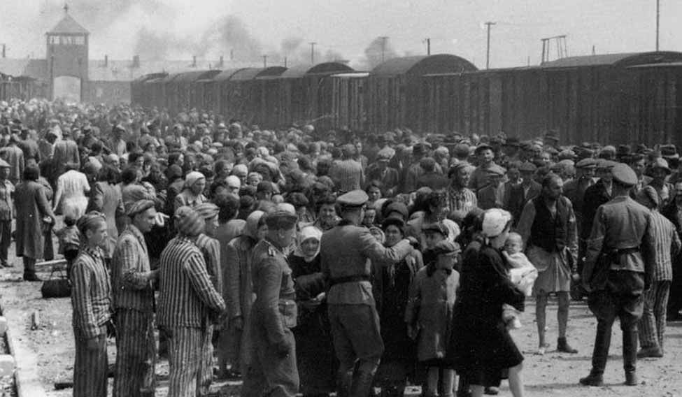 Holocaust survivors 'dying in poverty while awaiting compensation'