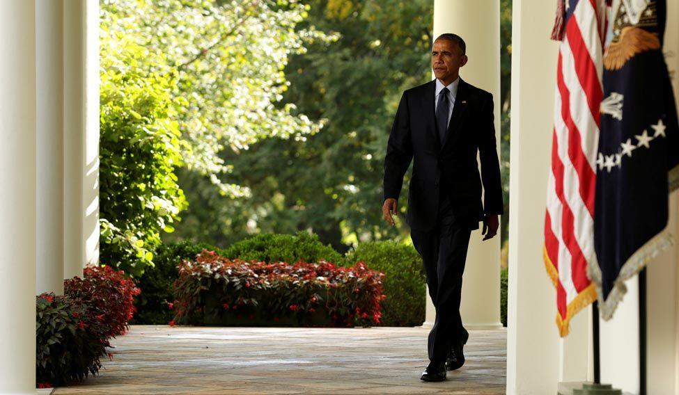 obama-walking-white-house-reuters