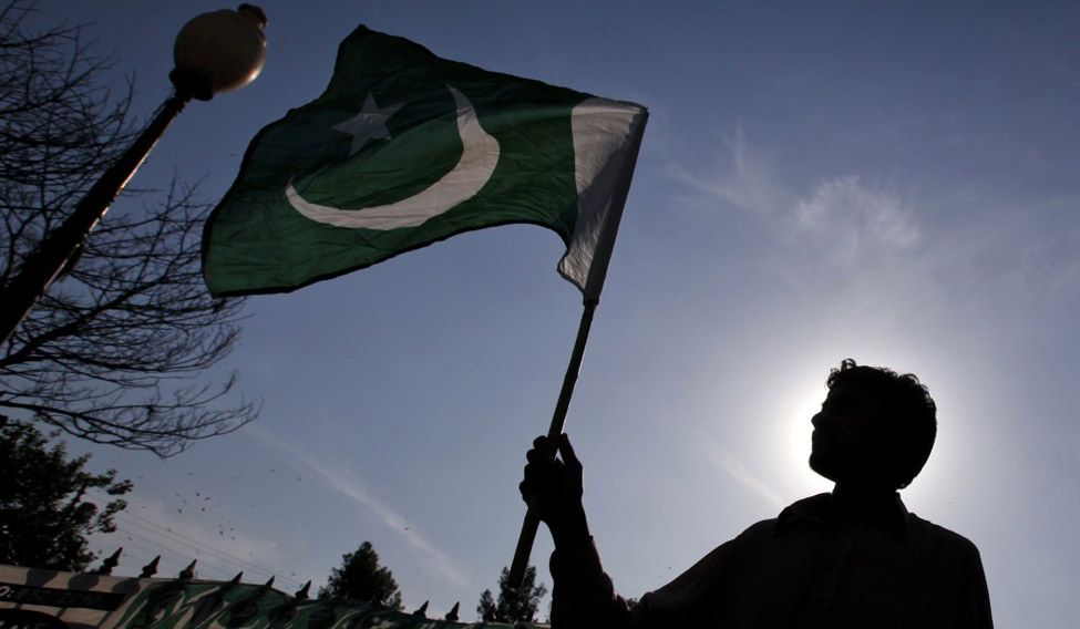 pakistan-flag291016-reuters